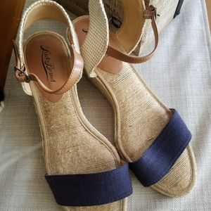 Lucky Brand 9.5 Wedge